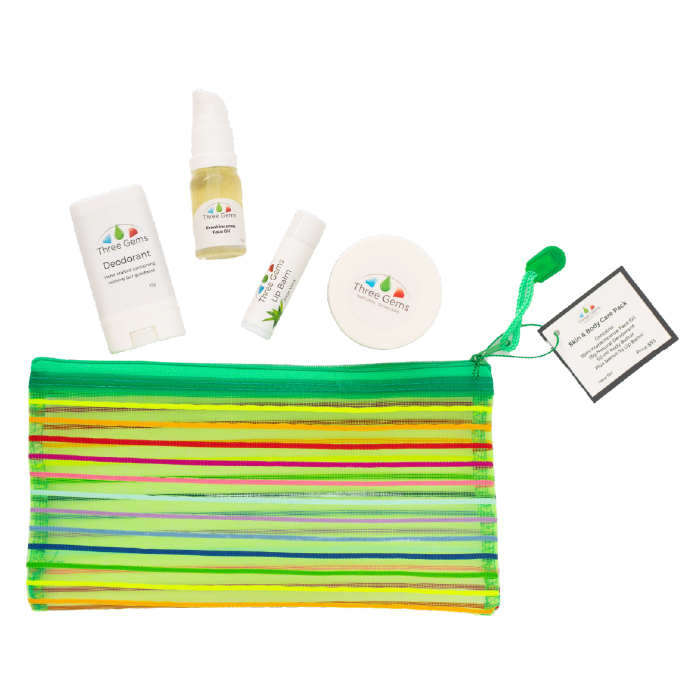 Skincare gift pack containing 4 products